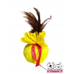 ของเล่นแมว ถุงแคทนิปขนไก่ สีเหลือง